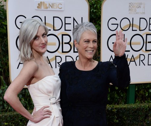 Jamie Lee Curtis, Lea Michele, Emma Roberts returning to 'Scream Queens'