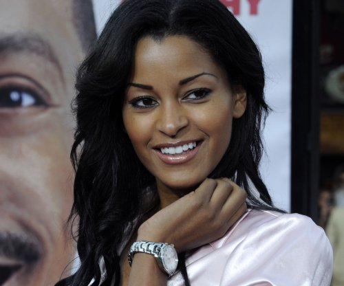 Claudia Jordan backtracks on comments that Jamie Foxx and Katie Holmes are a couple