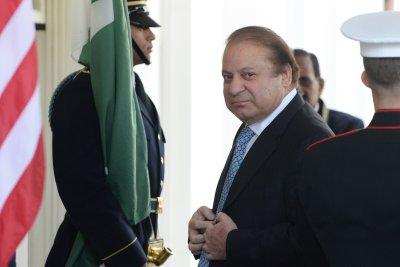Trump praises Pakistan's Prime Minister Sharif as 'terrific guy'