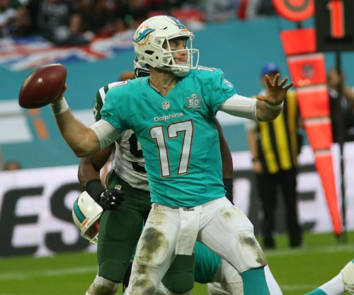 Miami Dolphins: Surgery an option for injured quarterback Ryan Tannehill