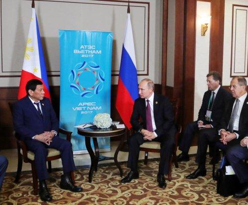 Duterte thanks Putin for weapons used against Islamic militants