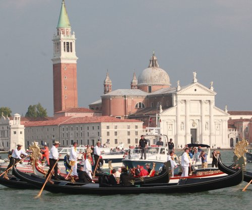 Venice to impose day-tripper tax in 2019