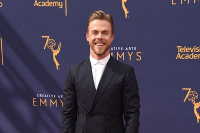 Derek Hough, Ciara to host 'Macy's 4th of July Fireworks Spectacular'