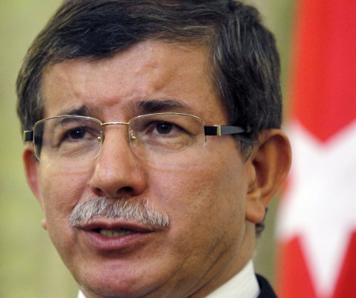 Turkish PM blames Islamic State for Ankara suicide bombings