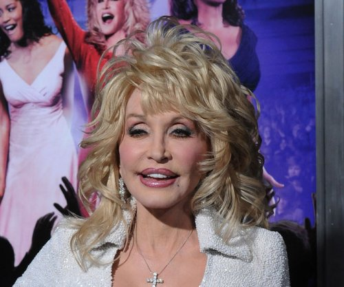Dolly Parton says there's 'no truth' to cancer rumors