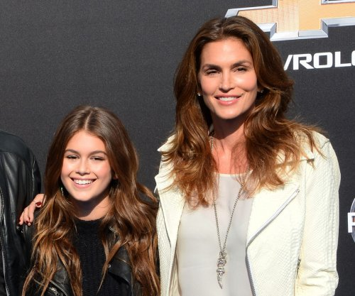Cindy Crawford talks aging: 'I'm not going to look 20'