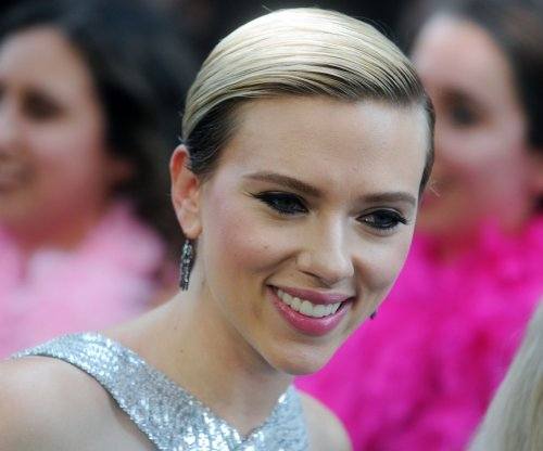 Scarlett Johansson, Colin Jost spotted on date in New York