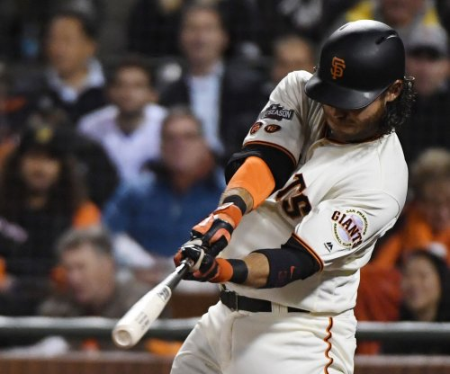 Giants' Crawford hits homer off brother-in-law, family reacts awkwardly