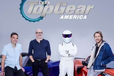 Dax Shepard, Rob Corddry to host 'Top Gear America' reboot