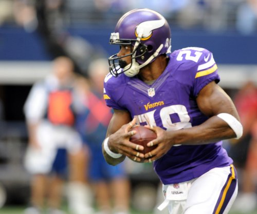 Adrian Peterson reinstated by judge