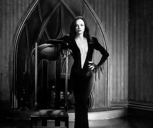 Photo of Christina Ricci as Morticia Addams goes viral