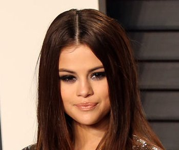 Selena Gomez and friends go 'groupie' at Celine Dion concert