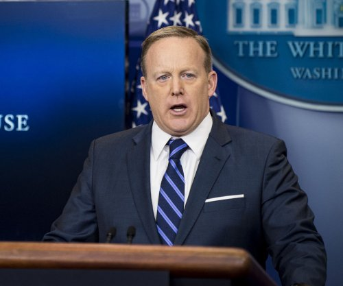 Watch live: Sean Spicer gives daily briefing