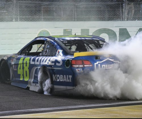 Jimmie Johnson opts not to qualify after mishap in practice
