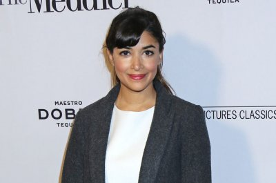 'New Girl' star Hannah Simone welcomes first child