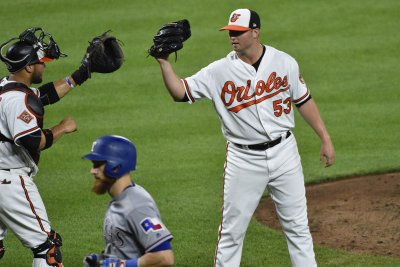 After acquiring Zach Britton, New York Yankees face Tampa Bay Rays