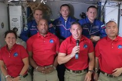 UPI News Quiz: spaceflight, MLB's glass ceiling, Dolly Parton