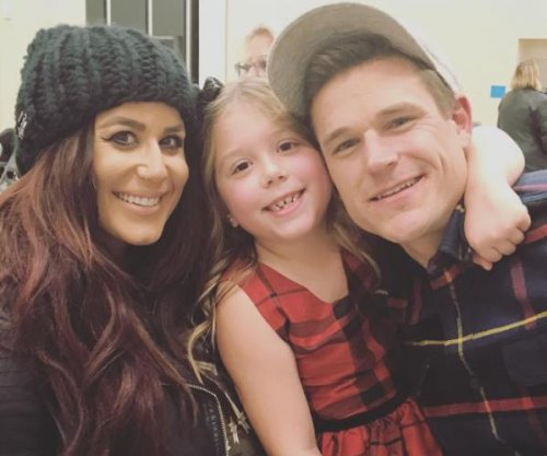 Chelsea Houska of 'Teen Mom 2' gives birth to baby boy