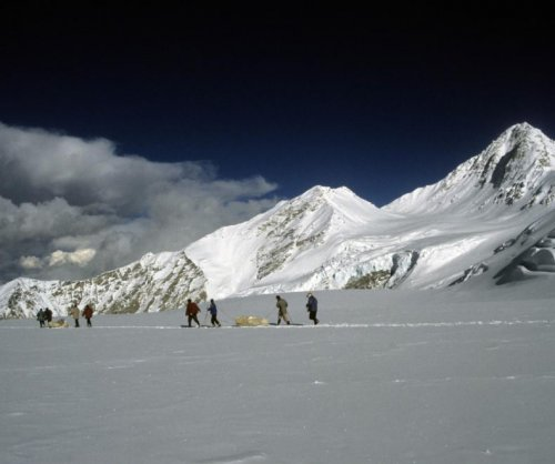 Himalayan glacier reveals evidence of start of Industrial Revolution