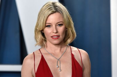 Elizabeth Banks to direct thriller 'Cocaine Bear,' inspired by true events
