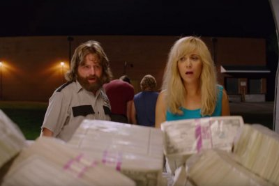 'Masterminds' official trailer: Zach Galifianakis and Kristen Wiig 'get stupid rich'