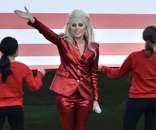 Round of Applause: Lady Gaga gets Super Bow LI gig