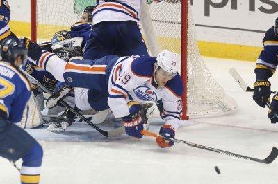 Edmonton Oilers center Leon Draisaitl signs 8-year, $68M contract extension
