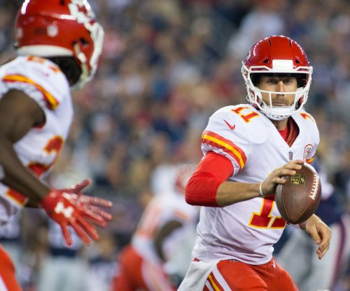 Kansas City Chiefs remain unbeaten with win over Houston Texans