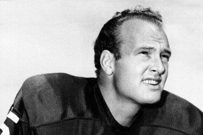 Notre Dame, Green Bay Packers legend Paul Hornung dies at 84