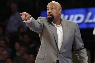 Indiana hires ex-Knicks assistant Mike Woodson as men's basketball coach