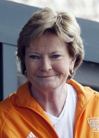 Summitt says she felt forced out at Tenn.