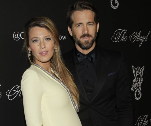 Ryan Reynolds denies reports that his daughter is named Violet