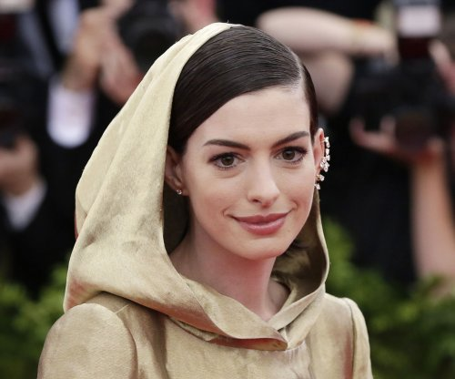 Anne Hathaway to star in 'The Ambassador's Wife'