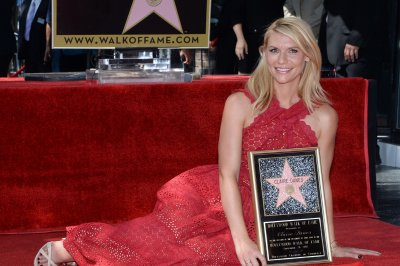 Claire Danes receives Hollywood Walk of Fame star