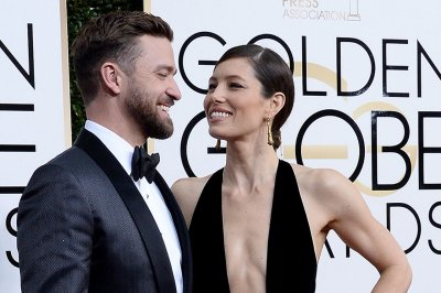 Justin Timberlake and Jessica Biel and other celebrity couples arrive on the Golden Globes red carpet