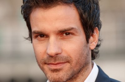 Santiago Cabrera, Michelle Hurd to co-star in Jean-Luc Picard spin-off