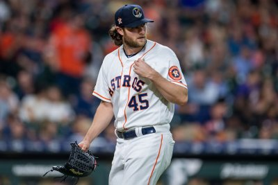Houston Astros dominate Oakland Athletics 11-1