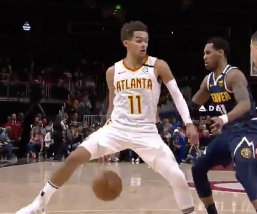 Hawks star Trae Young shows off deceptive dribbles against Nuggets