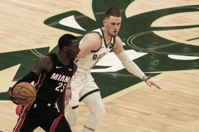Bucks starter Donte DiVincenzo out for playoffs due to ankle injury