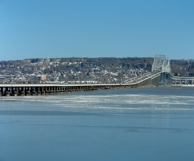 Tappan Zee Bridge reopens after crane collapse