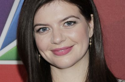 Casey Wilson cast in Tina Fey's NBC comedy 'The Sackett Sisters'