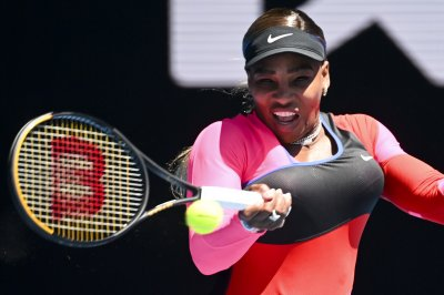 Australian Open: Serena-Halep, Djokovic-Zverev on track for quarterfinal duels