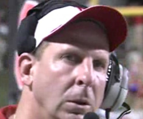 Pelini hired as Youngstown State coach