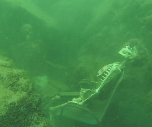 Authorities find 'underwater skeleton tea party' in Arizona