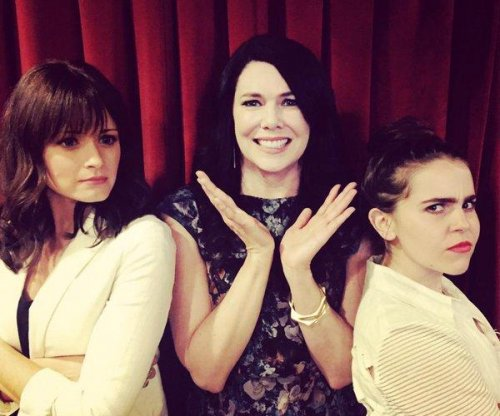 Mae Whitman will reunite with Lauren Graham on 'Gilmore Girls'