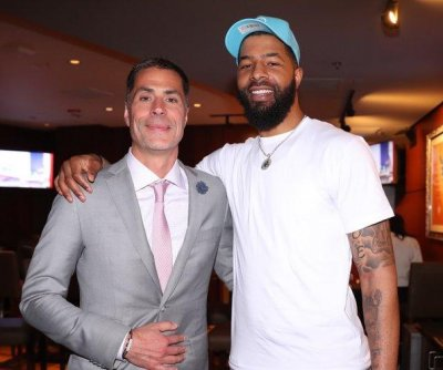 Los Angeles Lakers officially sign Markieff Morris, waive DeMarcus Cousins