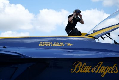 Blue Angels to headline Ft. Lauderdale Air Show with new Super Hornets