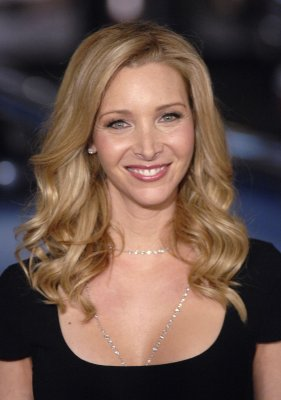 Kudrow shakes family tree in new show