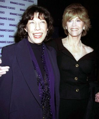 Jane Fonda and Lily Tomlin to reunite for Netflix series