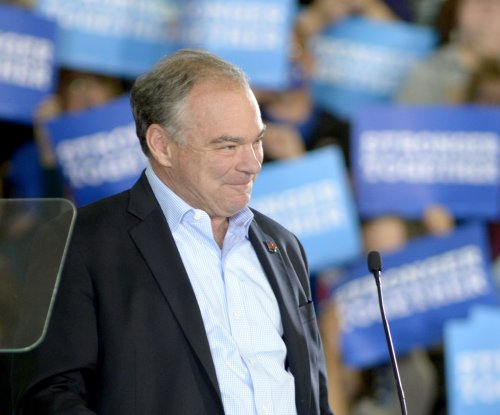 Tim Kaine delivers speech entirely in Spanish